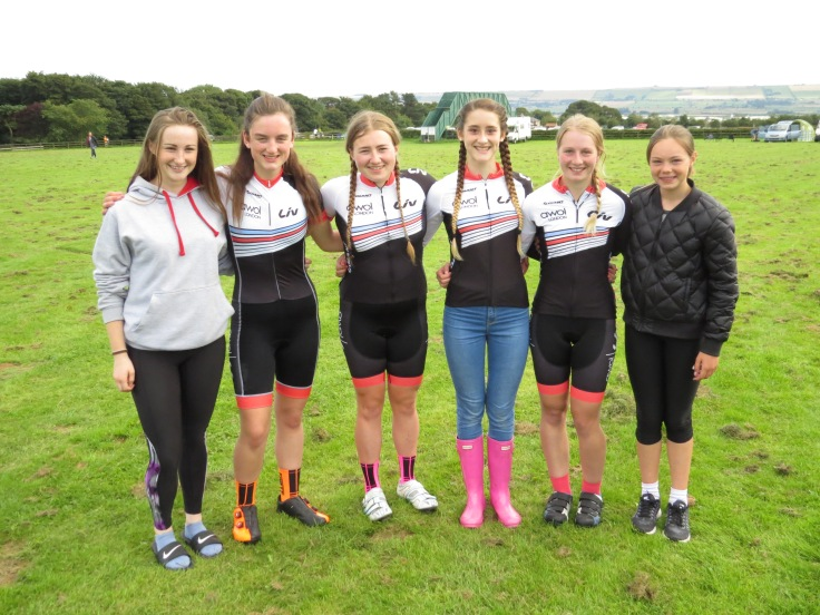 Emily Bridson, Rosie Wallace, Connie Hayes, Lauren Higham, Hannah Bayes and Iona Moir (photo: Phil Moir)