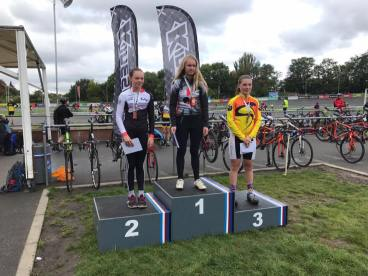 Herne Hill London CX League 2017 - Iona Moir 2nd (photo: Phil Moir)