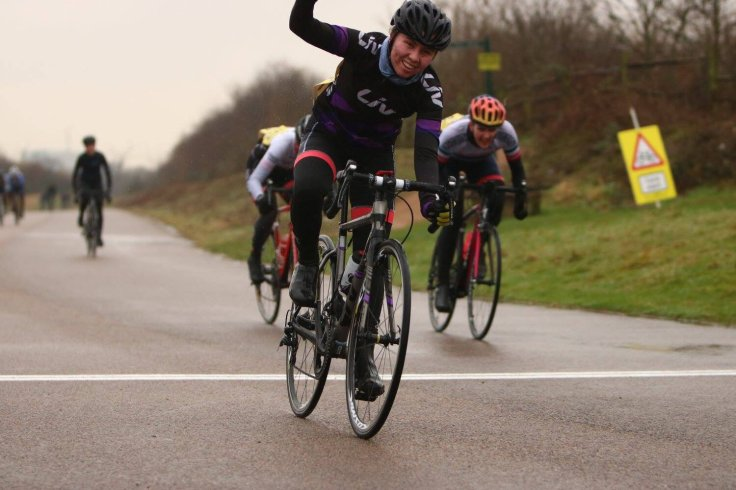 Zoe Brookes winning Full Gas Hillingdon #6 (photos: Frankie Snell)