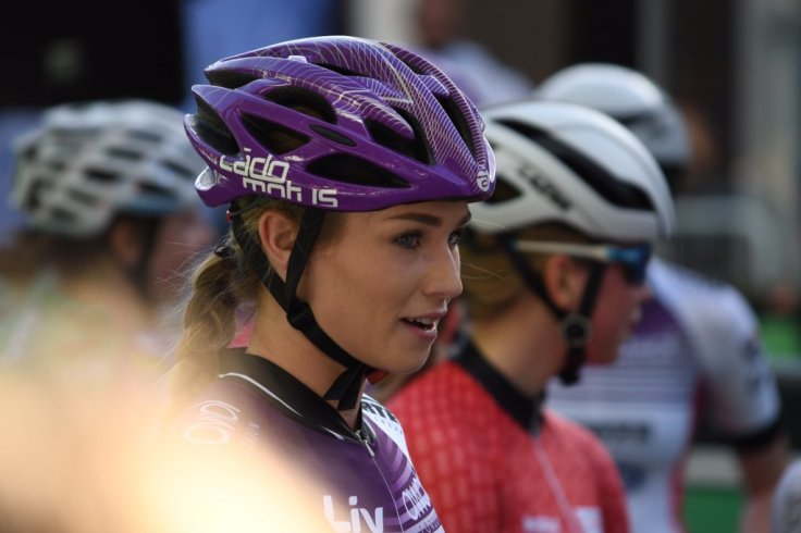 Clover Murray waiting for restart - OVO Tour Series Redditch 2018 (photo: John Scale)