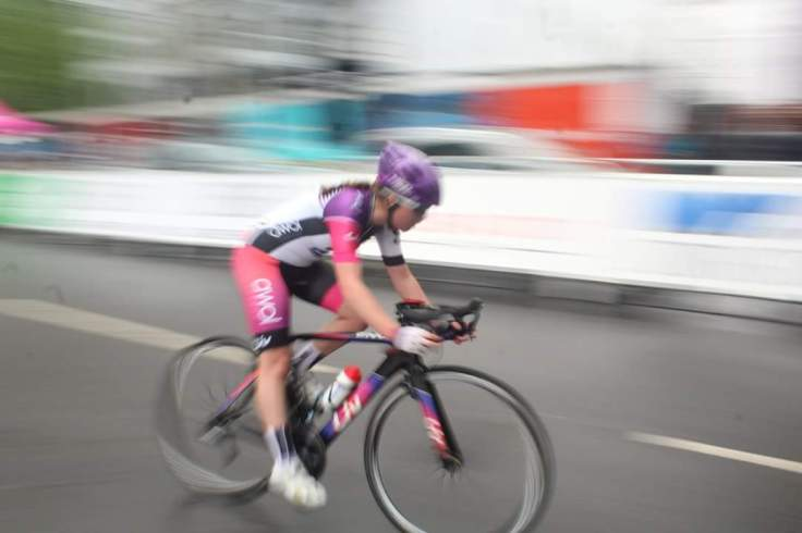 Zoe Brookes - fast and upright - OVO Energy Tour Series 2018 Wembley (photo: Donald Old/Rebecca Torrie)
