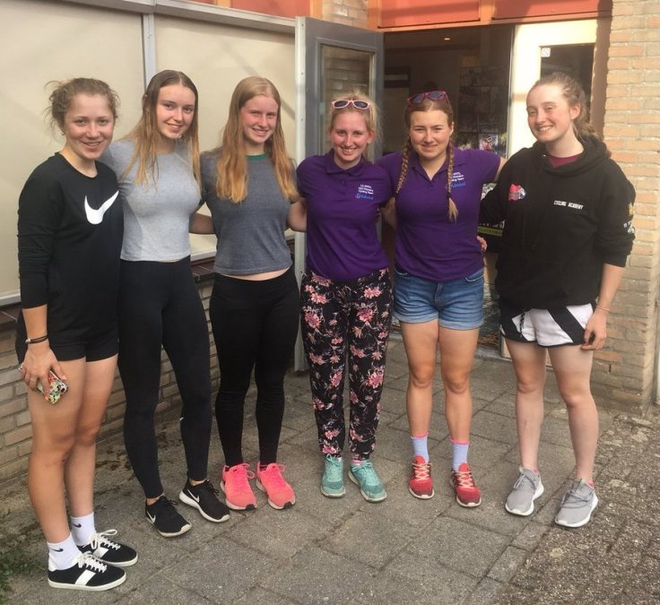 Hannah Graveney, Holly Hoy (guest), Poppy Wildman (guest), Sarah Lomas (DS), Connie Hayes and Elizabeth Marvelly - Watersley Ladies Challenge 2018