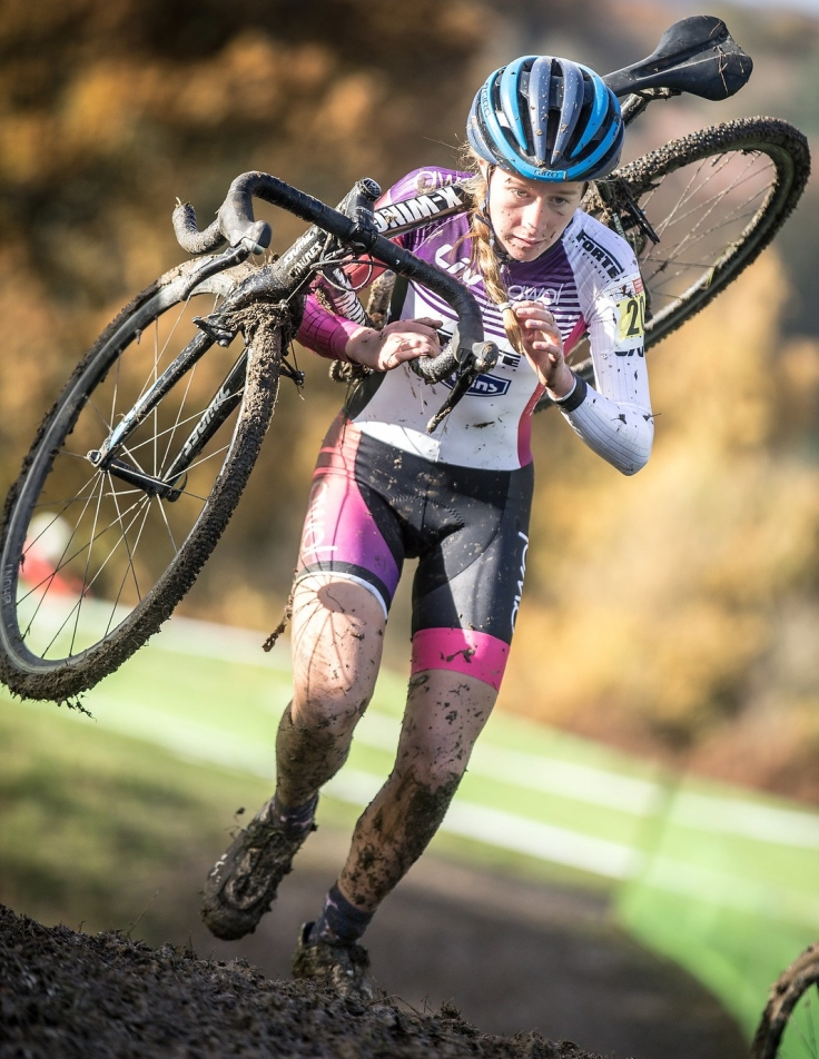 bethany-barnett-at-ardingly-national-cyclocross-photo-c2a9-huw-williams.jpg