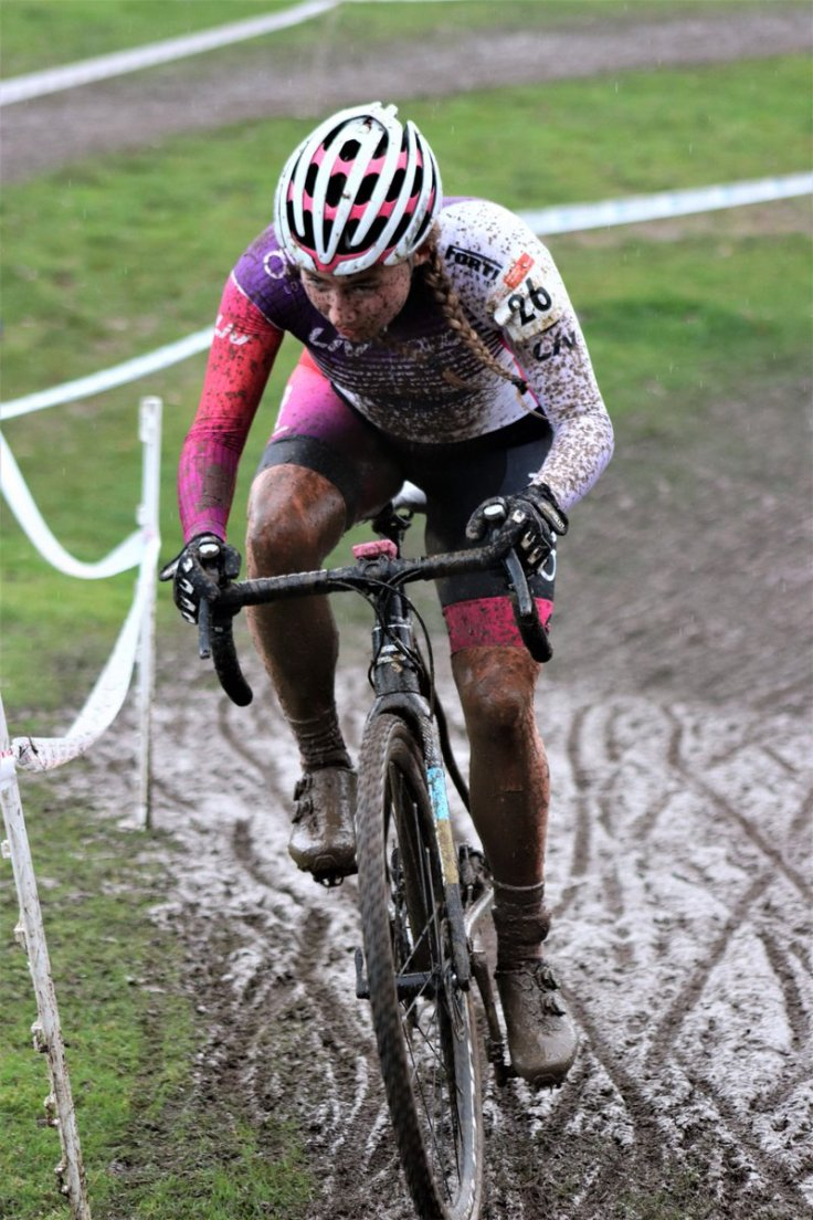 Connie Hayes goes for orange tan legs in York National Trophy CX (photo © Graham Hind)