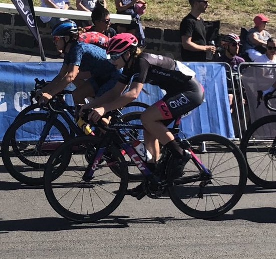 Clover Murray racing in Bay Crits in Australia